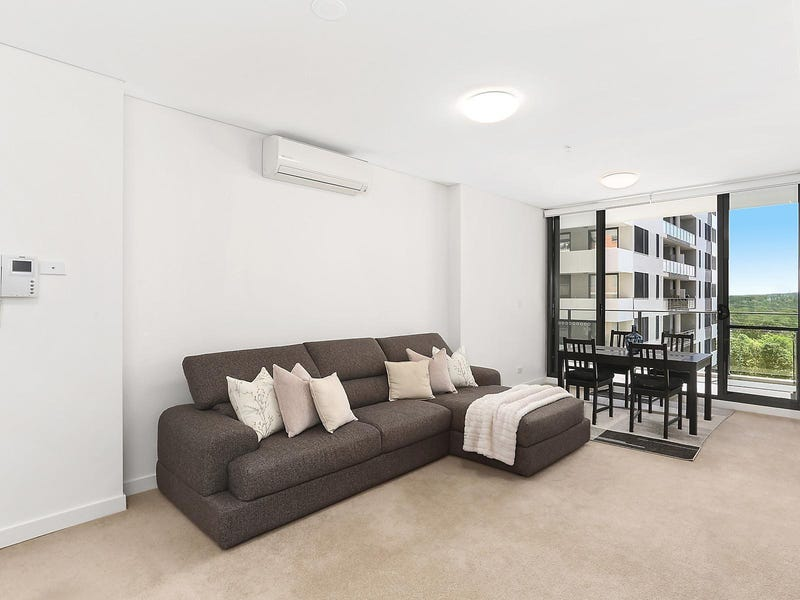 215/135 Pacific Highway, Hornsby
