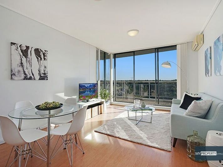 16/27 Bennelong Parkway, Wentworth Point