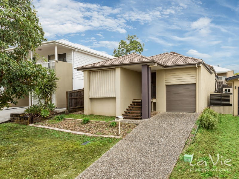 5 Driftwood Place, Springfield Lakes