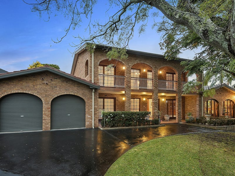 10 Greenhill Crescent, St Ives NSW 2075