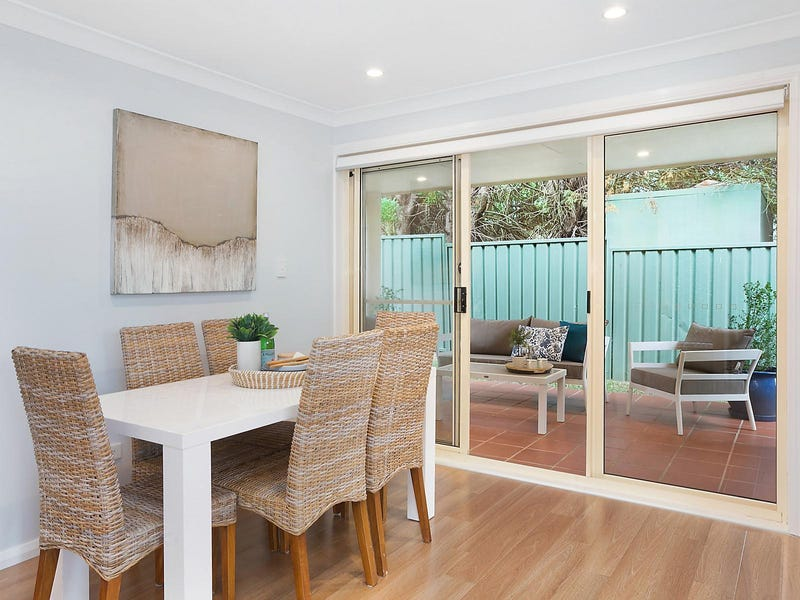 9/879 Henry Lawson Drive, Picnic Point