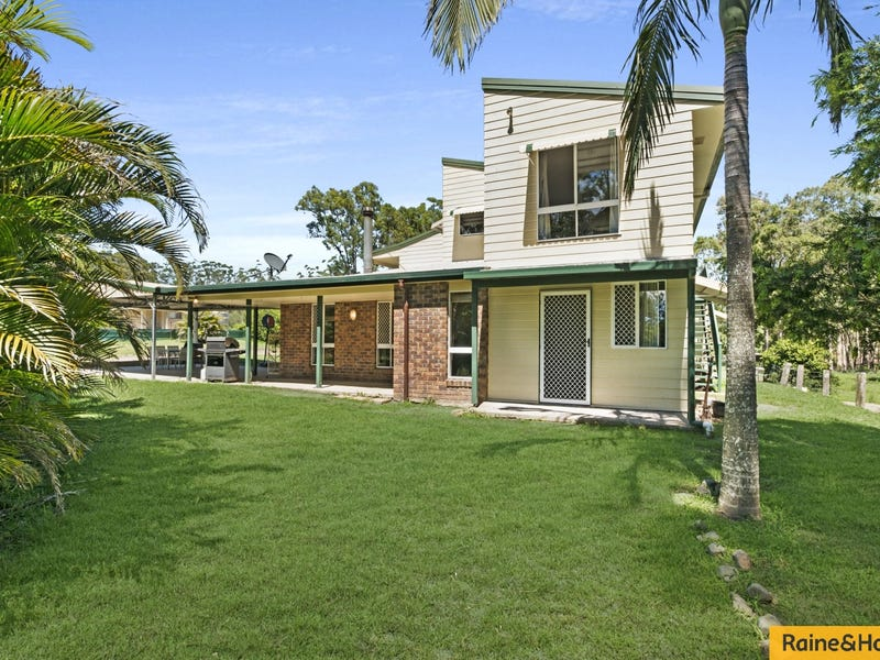 67-73 Golf Course Rd, Woodford