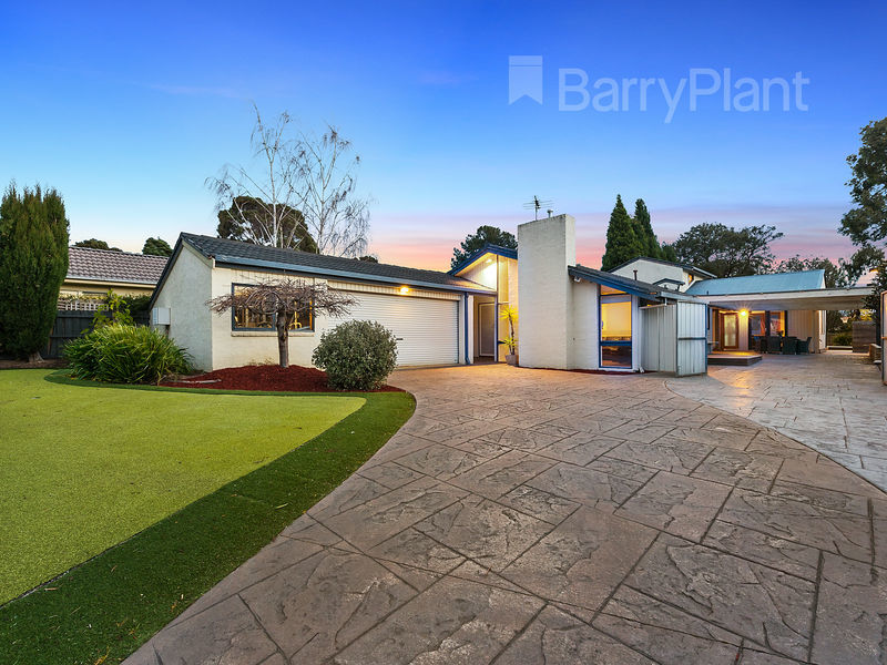 54 Mowbray Drive, Wantirna South