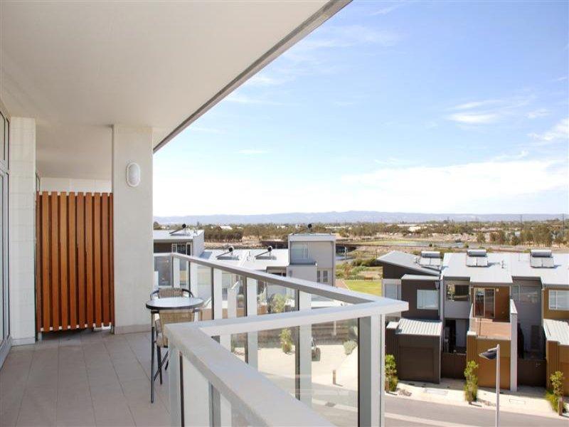 T 411 The Breeze Newport Quays Port Adelaide Sa 5015