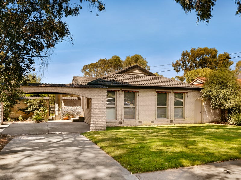 64 Amelia Avenue, Wheelers Hill
