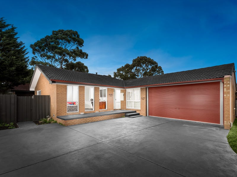 32 Coventry Crescent, Mill Park