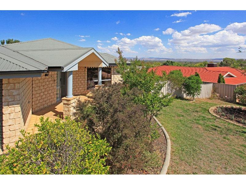 6 Hurworth Court, West Albury, NSW 2640