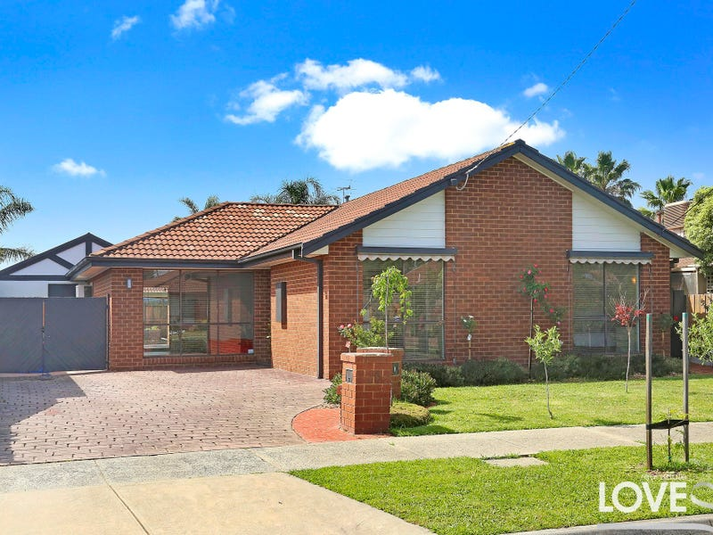 16 Martingale Court, Epping