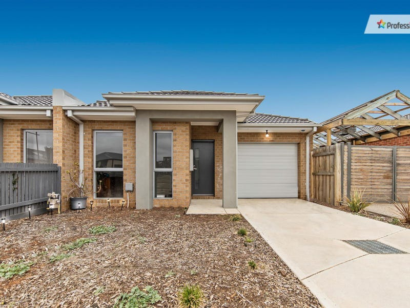 2/9 Cooloongup Crescent, Harkness