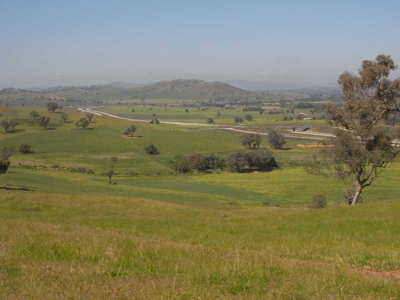 'Oaklands' Hume Highway, Coolac, NSW 2727