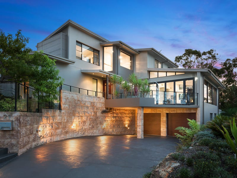 21 St George Cres Sandy Point Nsw 2172