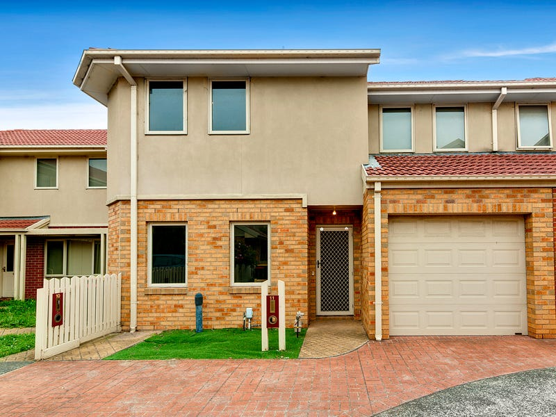 11/2 McKelvie Court, Glen Waverley