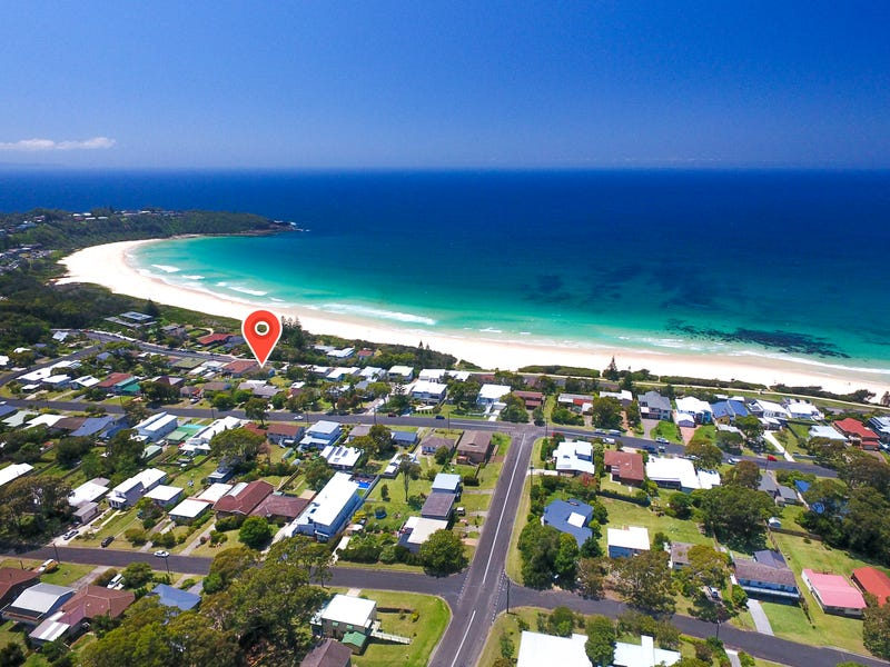 71 Mitchell Pde, Mollymook