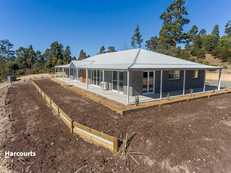 12 Swifts Road, Surges Bay