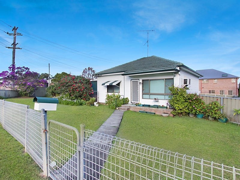 182 Piccadilly Street, Riverstone