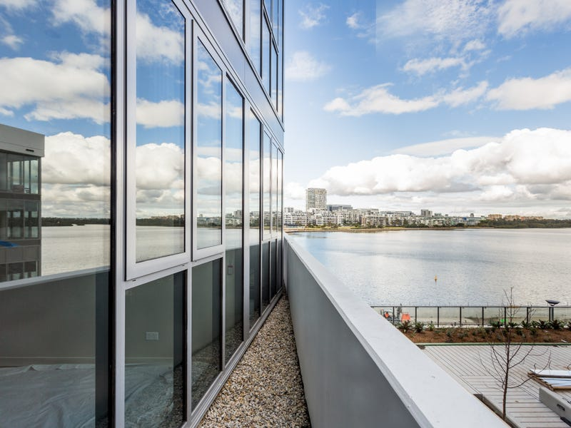 411/3 Foreshore Place, Wentworth Point