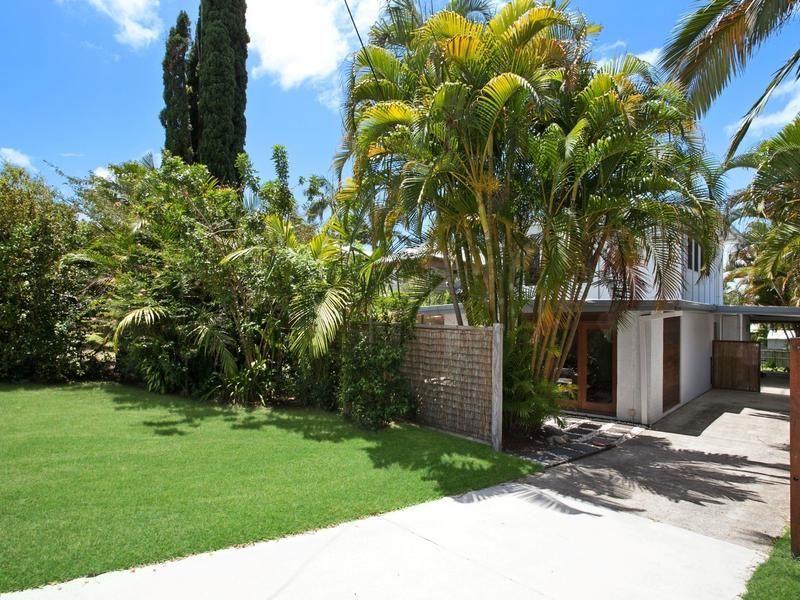 11 Hendry Street Tewantin Qld 4565 Property Details