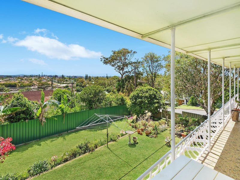 1 Arakoon Avenue, Port Macquarie