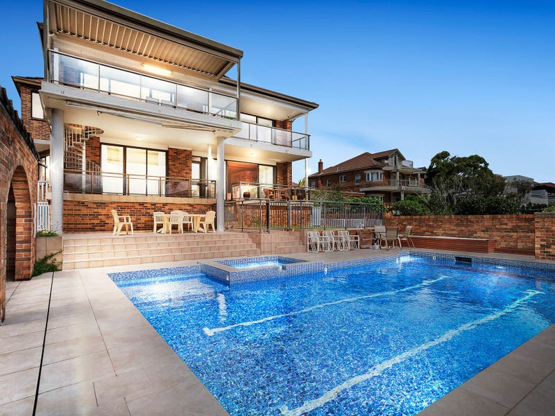 216 Military Road, Dover Heights