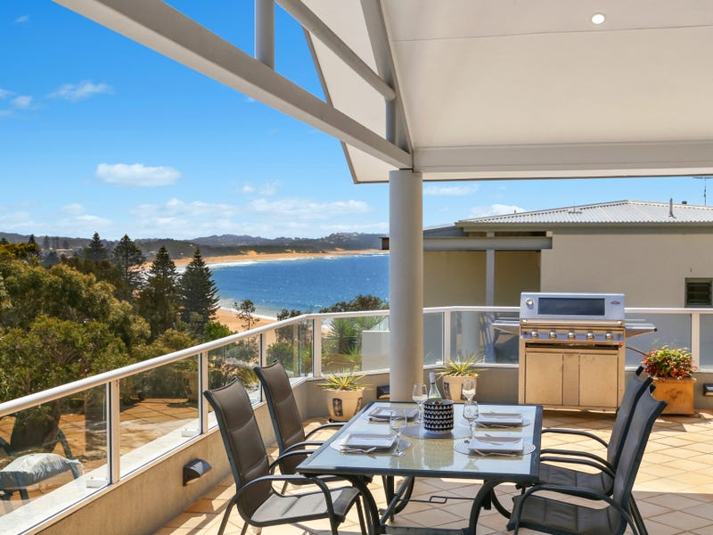 2/4 Whiting Avenue, Terrigal