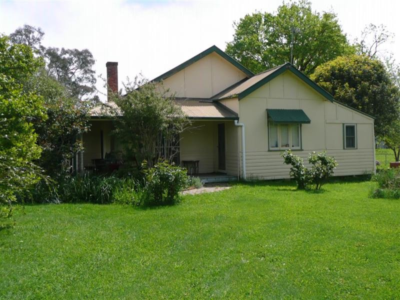 - Homesdale Tumut Plains Road, Tumut Plains, NSW 2720