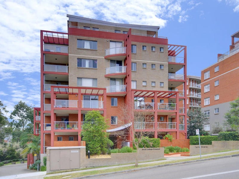 10/20-22 College Crescent, Hornsby