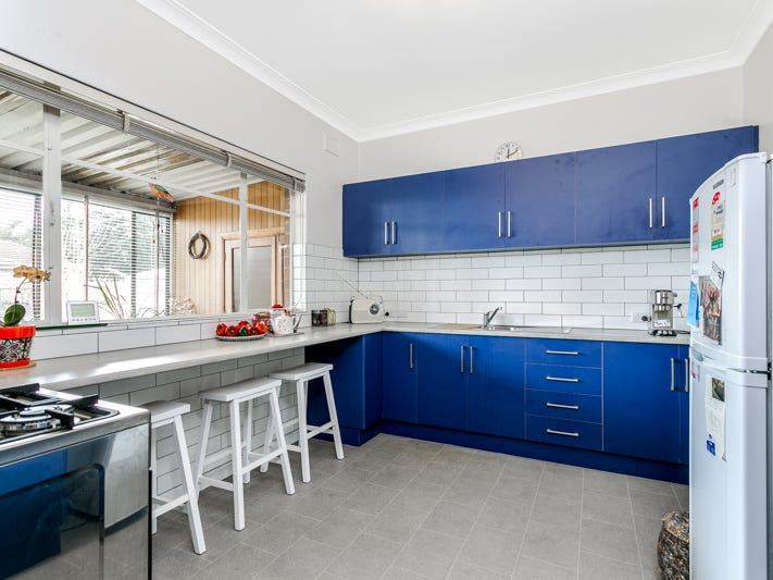 237 Victoria Road, Largs Bay