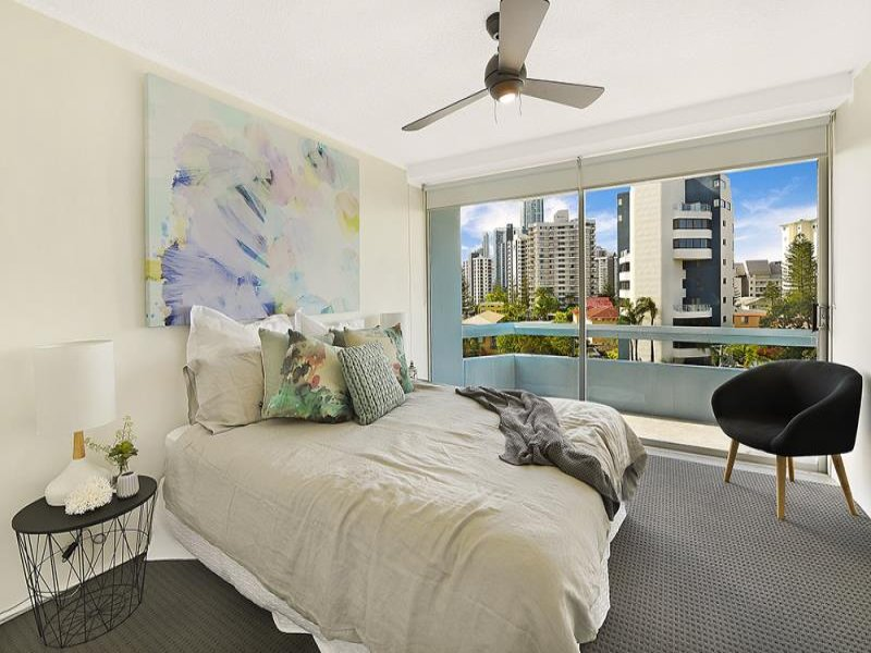 18/3 Old Burleigh Road, Surfers Paradise