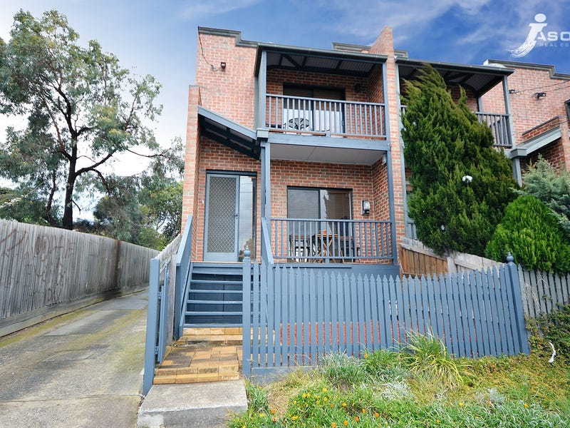 55 Coopers Hill Drive, Westmeadows