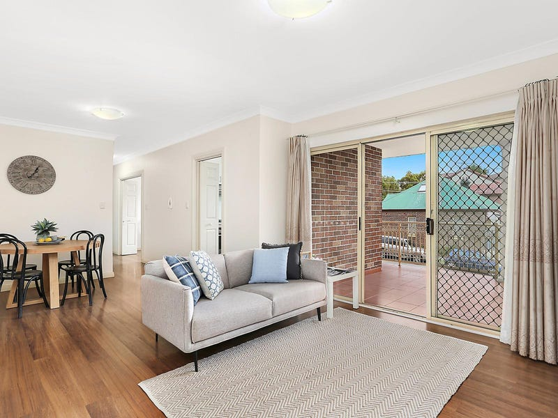 4/52 Carrington Avenue, Hurstville