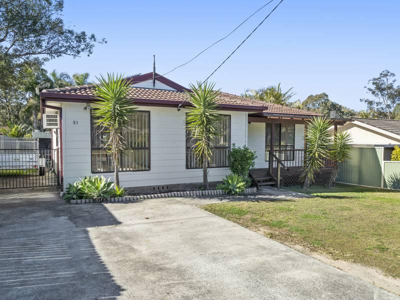 21 McCrea Boulevard, San Remo, NSW 2262