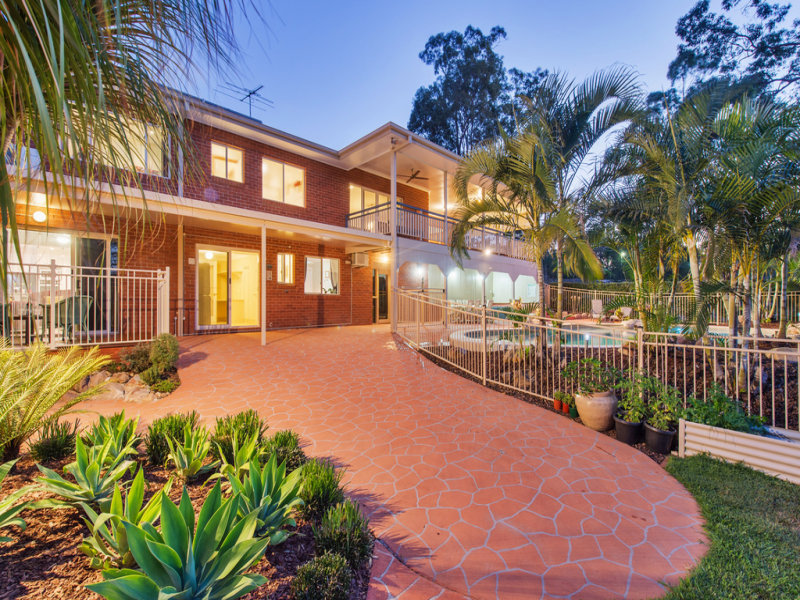 20 hoopla hannah court yatala qld 4207 property details for Pool builders yatala