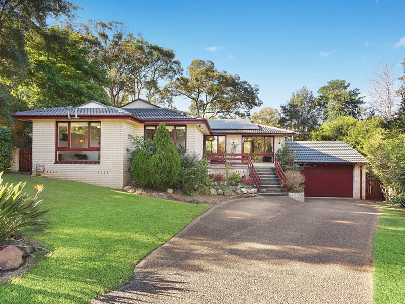 2 Curvers Drive, Mount Riverview