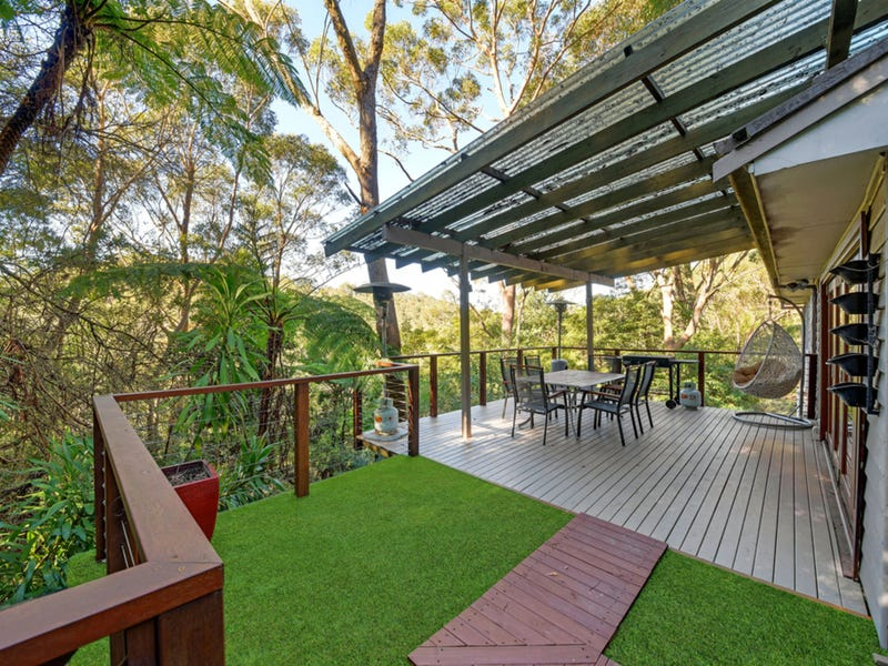16 Bundanoon Place, Hornsby Heights