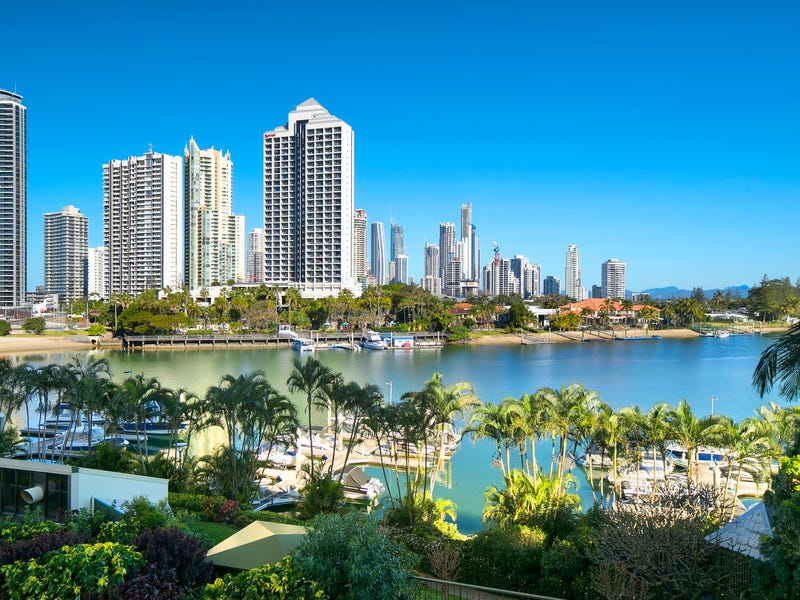 8/8 Admiralty Drive, Surfers Paradise