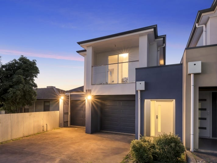 10 Silver St, Enfield