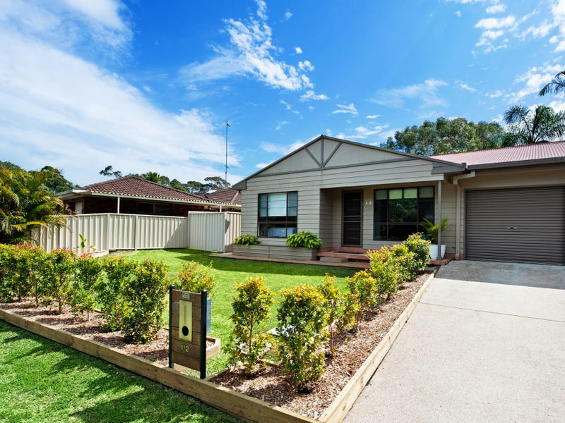 1/2 Lena Close, Whitebridge, NSW 2290