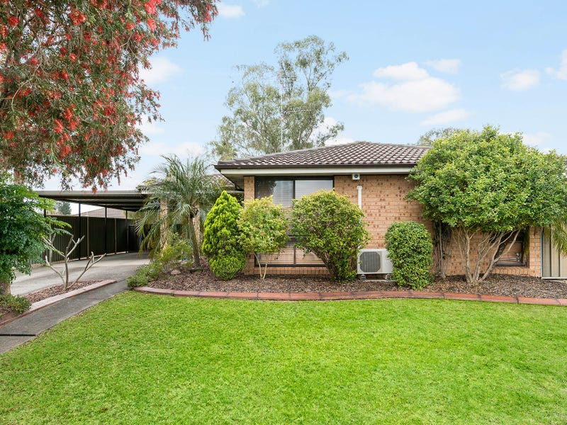 26 Feather Street, St Clair