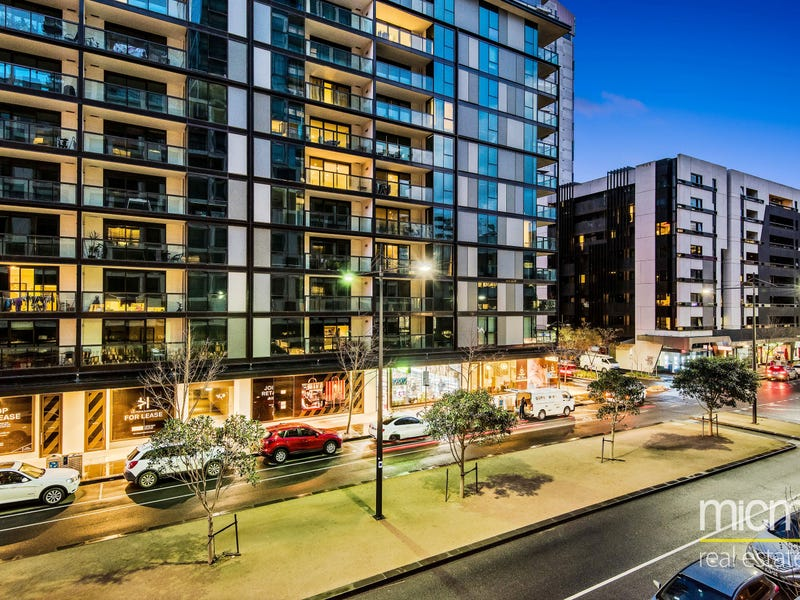 102E/888 Collins Street, Docklands