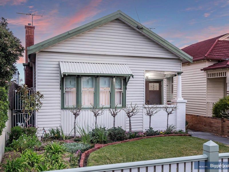 111 Blackwood Street, Yarraville
