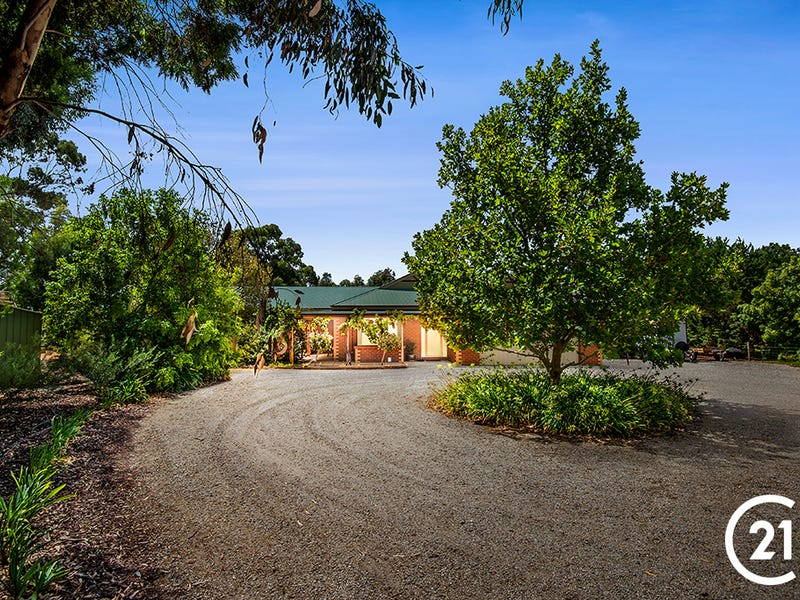 8 Charters Drive, Moama, NSW 2731