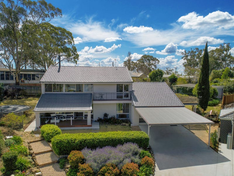 2 Highview Court, Prince Henry Heights, Qld 4350