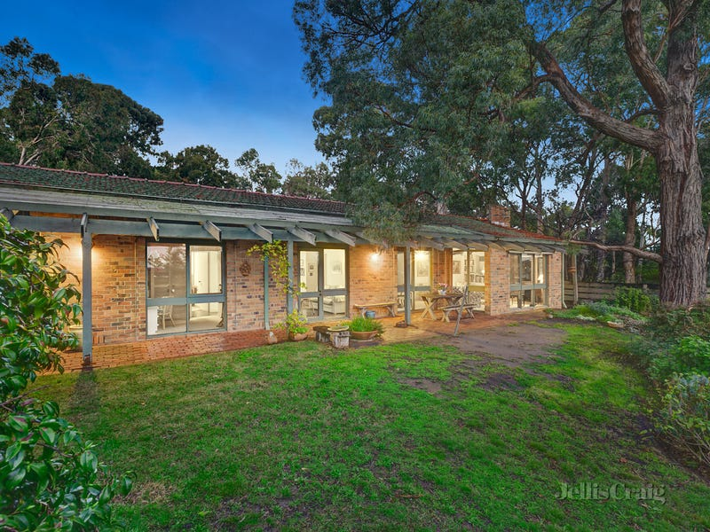 11A Timber Ridge, Doncaster, Vic 3108