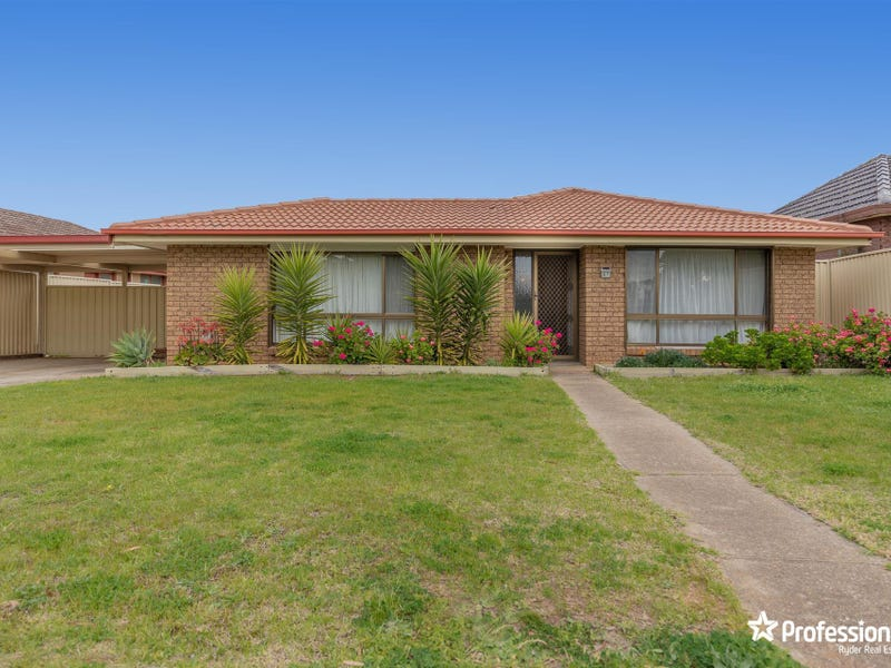 67 Westmelton Drive, Melton West, Vic 3337