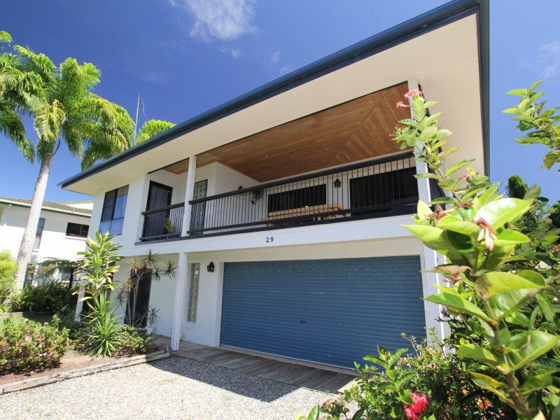 29 Holland Street, Wongaling Beach, Qld 4852