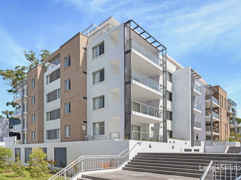 8/13  Fisher Avenue, Pennant Hills, NSW 2120
