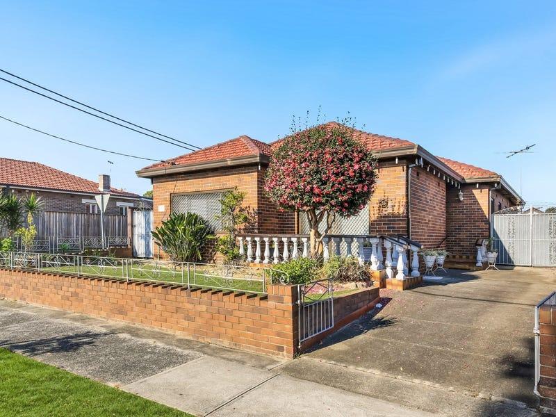 16 Robinson Street, Eastlakes, NSW 2018