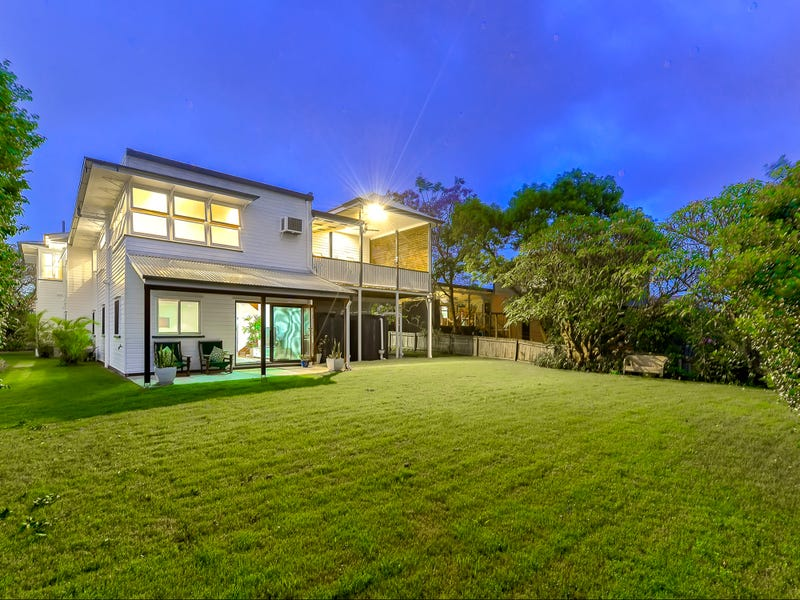 30 Roseby Avenue, Clayfield