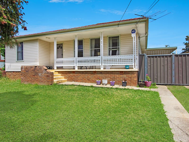 6 Hering Avenue, Emerton