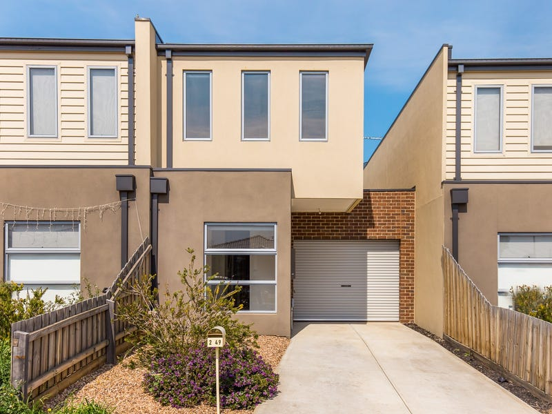 2/49 Hope Way, Tarneit